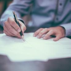 10 Formulierungen im Auto-Kaufvertrag bei denen Sie hellhörig werden sollten!